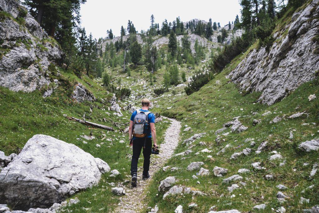 Dolomiten Wanderung vom Pragser Wildsee zur Rossalm