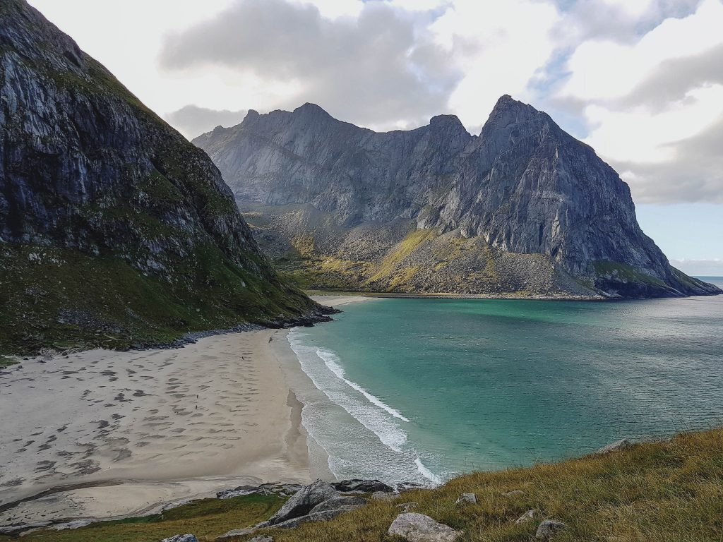 Strand von Kvalvika Wanderung Lofoten