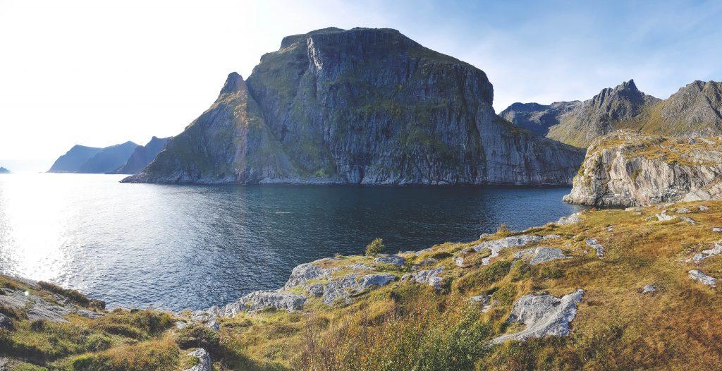A i Lofoten Klippen