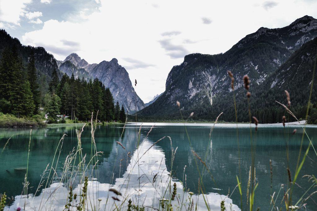 Toblacher See Spiegelung Dolomiten