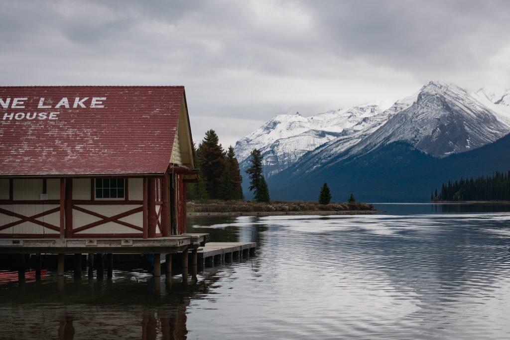 Maligne Lake Bootshaus